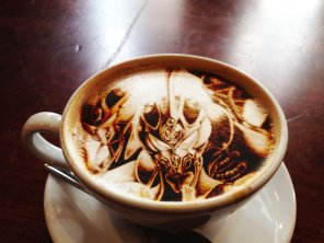Guyver latte art (латте-арт)